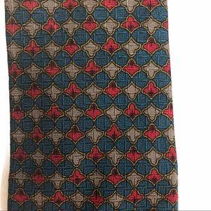 Bill Blass men's tie 100% silk width 3 3/4 inch